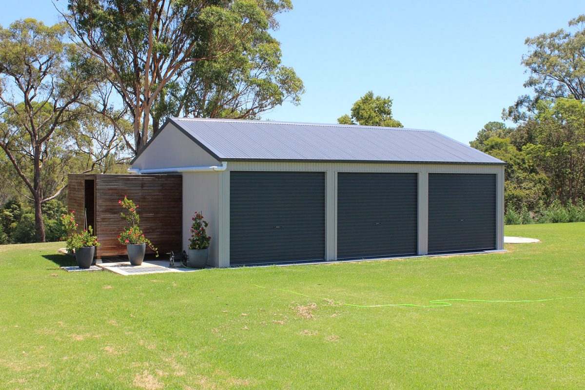 Steel garages and sheds for sale ranbuild for Large garage for sale