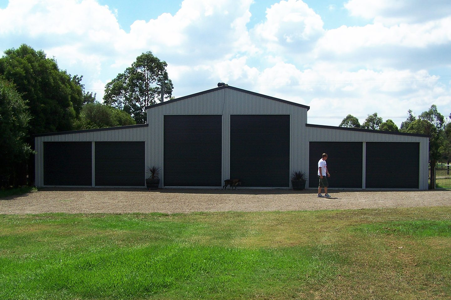 Machinery shed Echuca Sheds and Garages for