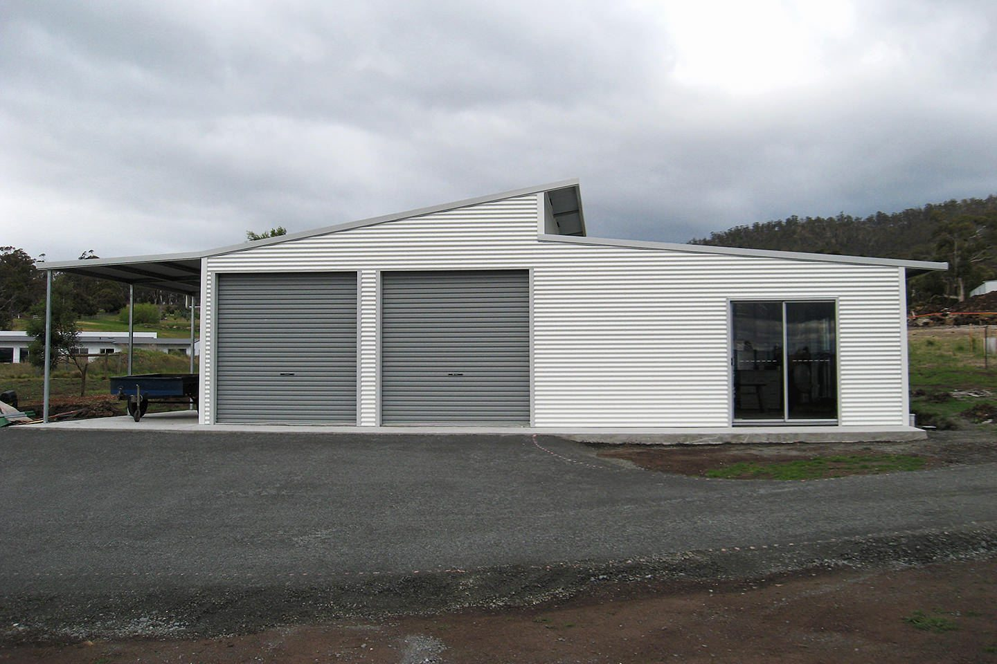 Double skillion sheds and garages with eaves for sale for Shed roof garage