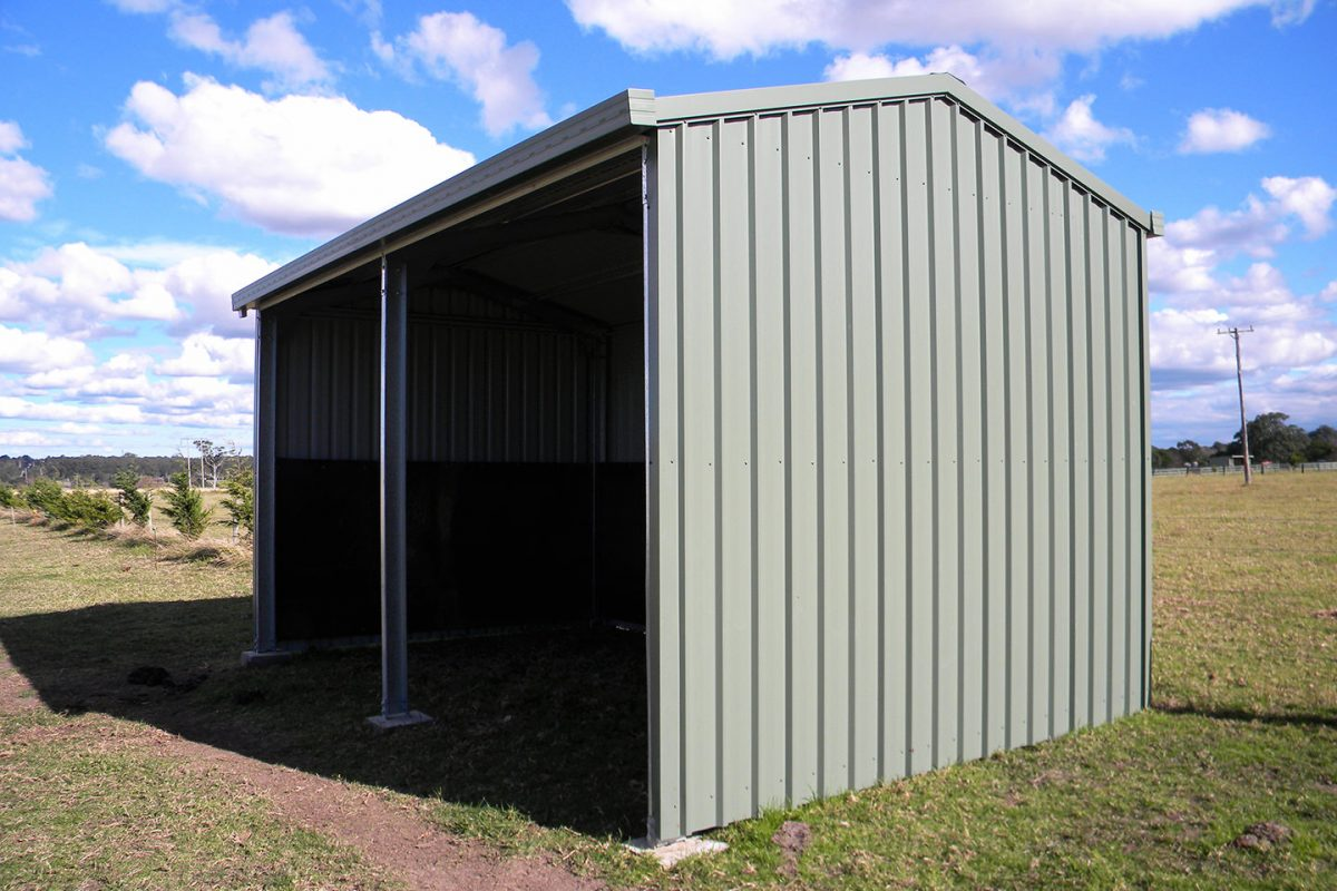Paddock shelter