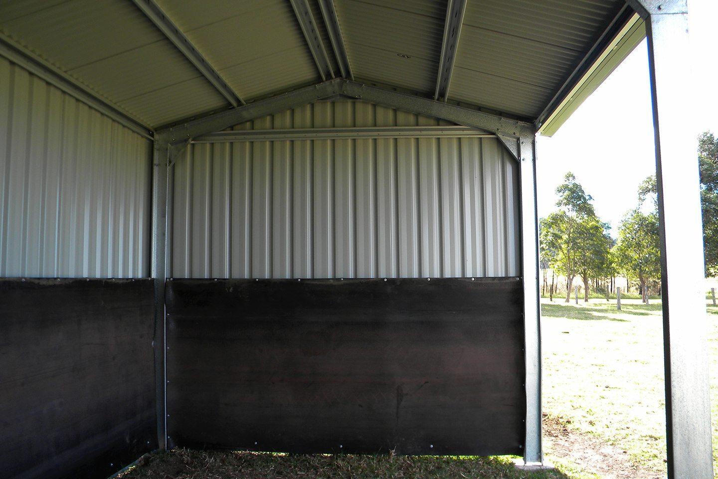 Paddock Shelters - Horse shelters for sale - Ranbuild